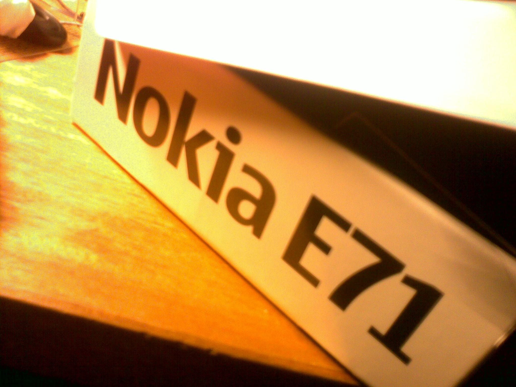 好爱我的新手机哦..